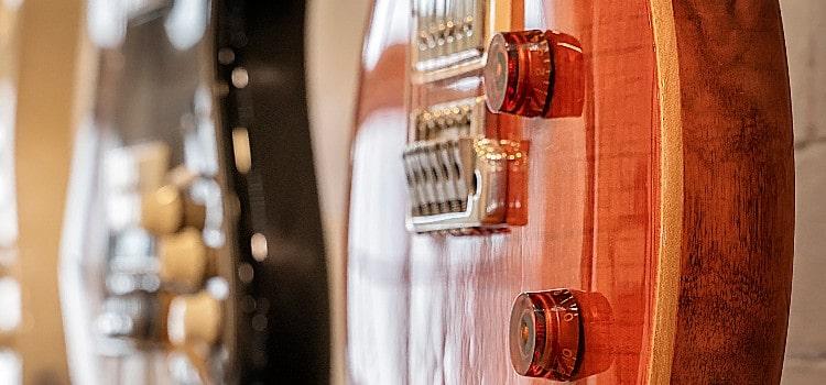 guitar wall mount