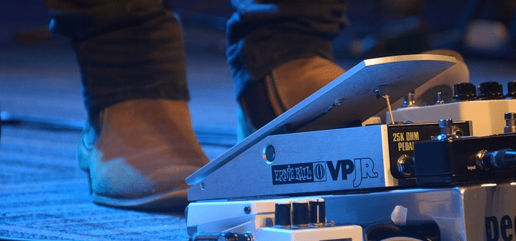 volume pedal placement