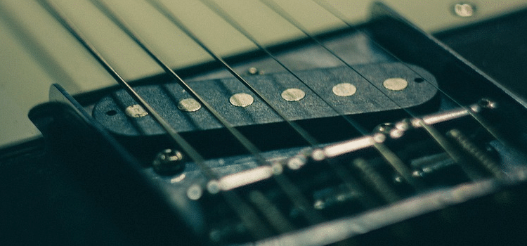 how are guitar pickups made