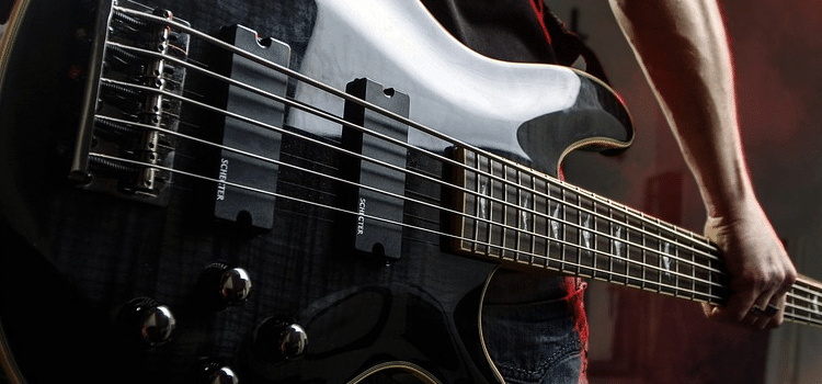 using a guitar amp for bass
