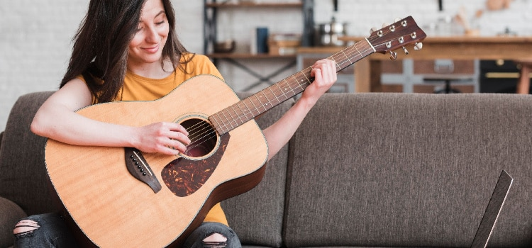 how hard is it to learn guitar