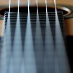 light vs medium guitar strings