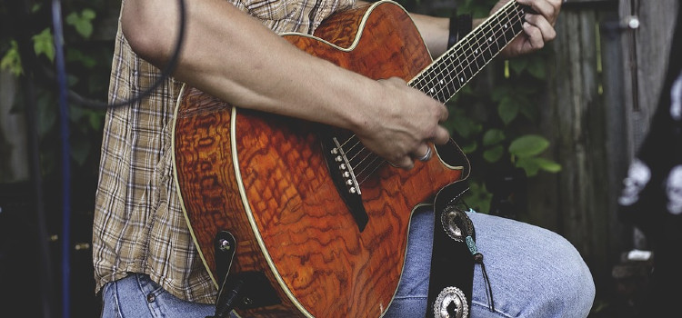 What is an Electric Acoustic Guitar?