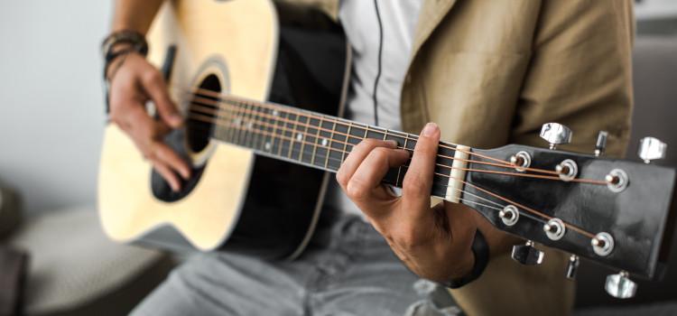 improve acoustic guitar sound