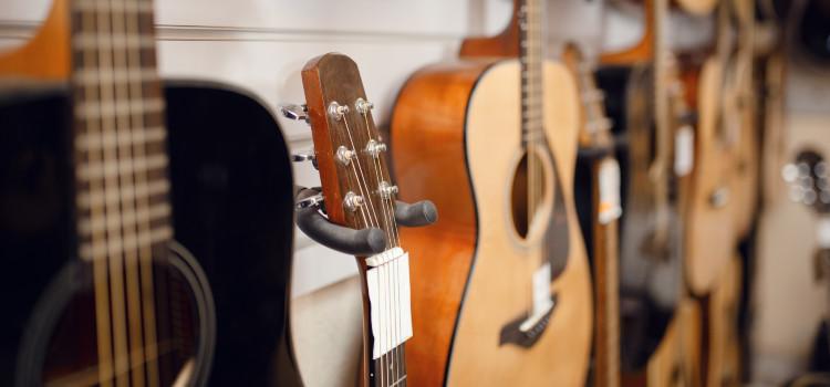 3/4 acoustic guitars vs full size
