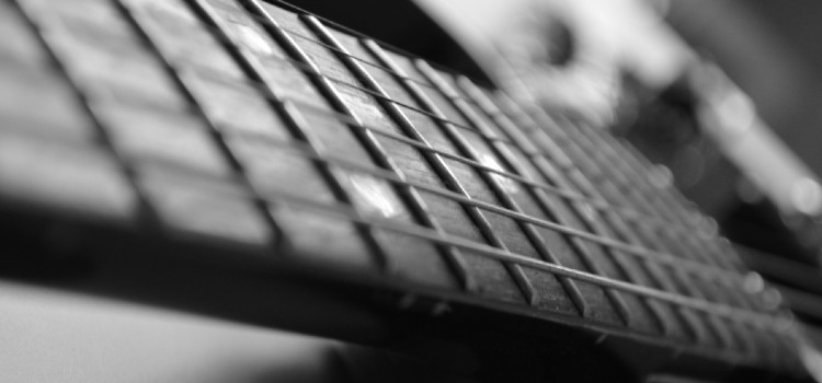 how to measure guitar neck relief