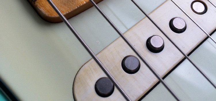 how to reduce hum from single coil pickups