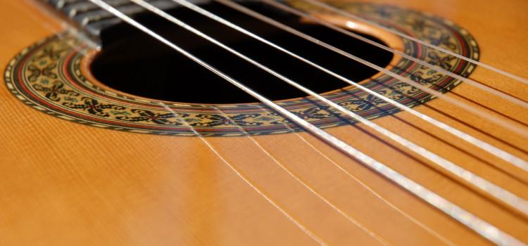 best travel guitar nylon string